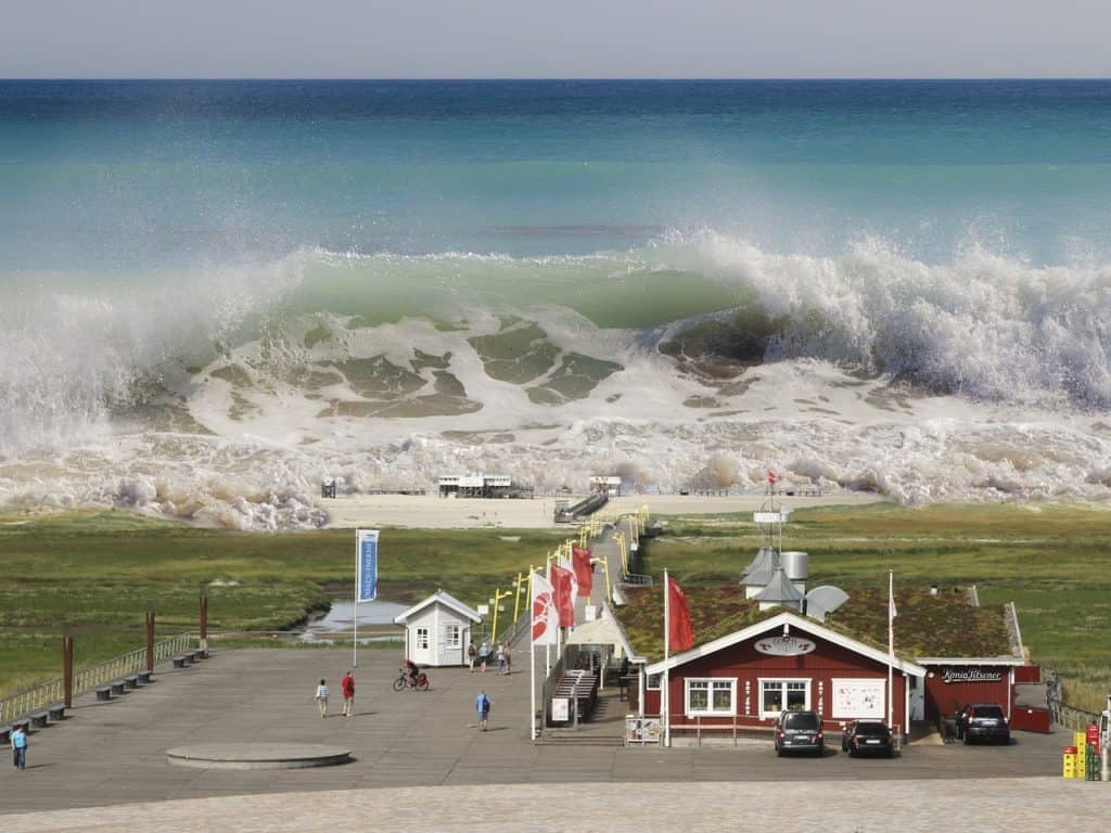 What To Do Before, During And After The Natural Disaster Of Tsunami